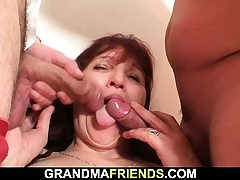 Old mature woman swallows 2 cocks at once