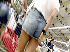 Mexican Teen with taut short jeans